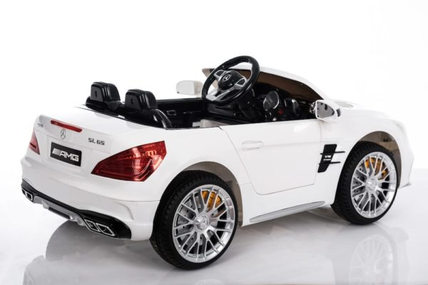 mercedes electric car for kids white